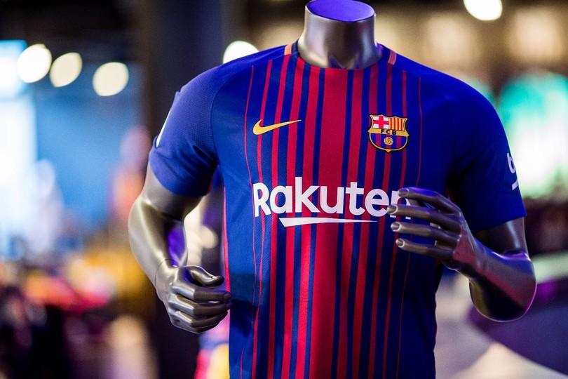 FC Barcelona shirtsponsor Rakuten