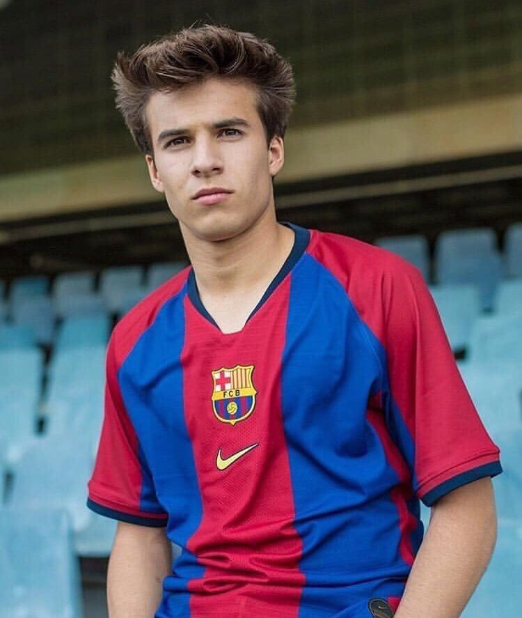 Nike Remake 98/99 shirt FC Barcelona